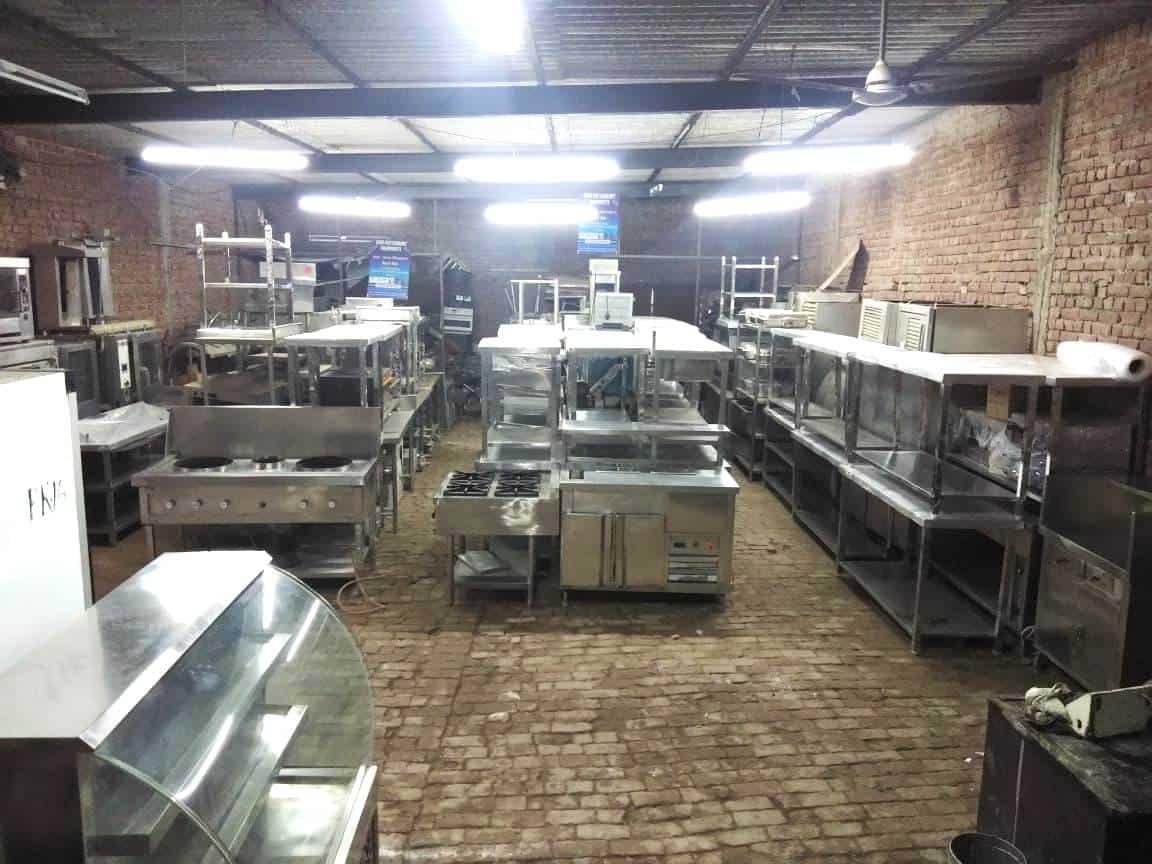 commercial restaurant kitchen equipment